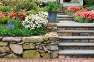 Natural,Stone,Steps,And,Retaining,Wall,,Planter,And,Garden,Border